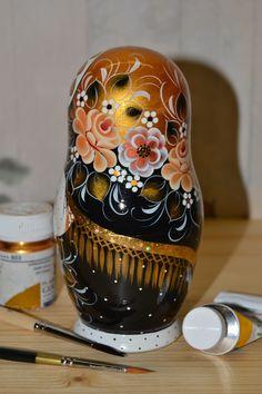 black and gold matryoshka by Nadezhda Tihonovich