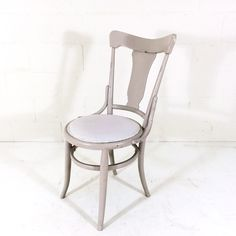 Mauve Pressback Bentwood Chairs x4 $80 Bentwood Chairs, Dining Chairs, Mauve, Eyes, Furniture, Home Decor, Dining Chair, Interior Design, Home Interior Design