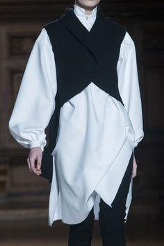 Aganovich at Paris Fall 2014 (Details)