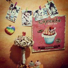 Bricolage: portafotografie con fil di spago!   #ideas #vintage #accessori #gadget #oggettistica #bricolage #shabbychic #interiordesign #bakery #cupcakes  #photos