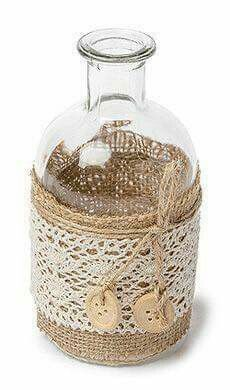 Mason Jar Crafts – How To Chalk Paint Your Mason Jars - Estabul Pot Mason Diy, Mason Jar Crafts, Burlap Mason Jars, Diy Hanging Shelves, Floating Shelves Diy, Wine Bottle Crafts, Bottle Art, Diy Home Decor Projects, Diy Projects To Try