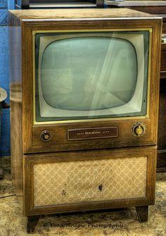 RCA Victor TV Set   Metchosin Pioneer Museum, Vancouver Island, BC, Canada