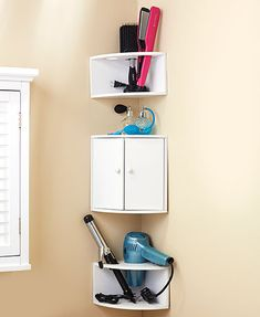 This Bathroom Corner Wall Shelf Set provides easy access to your makeup, styling tools, toiletries and more. Each is designed to hold as much as possible White Corner Shelf, Corner Shelf Design, Glass Corner Shelves, Bathroom Corner Shelf, Corner Storage, Wall Mounted Shelves, Door Storage, Open Shelves, Bathroom Storage