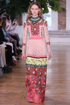 Patternbank highlight some of the recent Resort 2018 Collections, in particular Valentino, who showed a strong palette of colours, from pink to green, yell