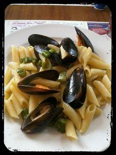 Penne asparagi e cozze www.isabellatrattoria.com