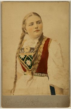 A Norwegian Girl, in Traditional Norwegian Dress. Norway Viking, Vintage Images, Vintage Posters, Frozen Costume, Folk Costume, Lund, Historical Clothing, Traditional Dresses, Female Art