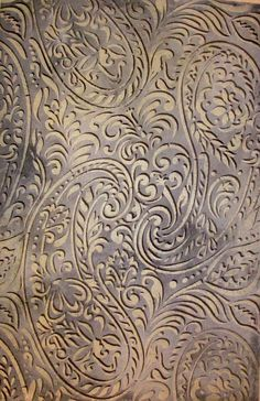 Transform any surface with this paisley stencil by wallovers!