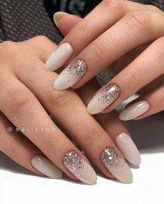 52 Trending Winter Nail Colors & Design Ideas – Hair and Beauty eye makeup Ideas To Try – Nail Art Design Ideas Classy Almond Nails, Short Almond Nails, Nails Short, Almond Shape Nails, Nail Art Designs, Winter Nail Designs, Colorful Nail Designs, Henna Designs, Almond Nails Designs Summer