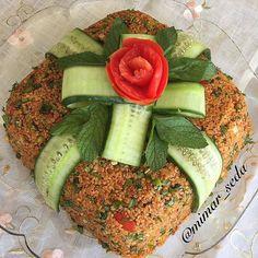 Kısır Turkish Recipes, Frozen Yogurt, Food Presentation, Avocado Toast, Cobb Salad, Brunch, Pasta, Baking, Breakfast