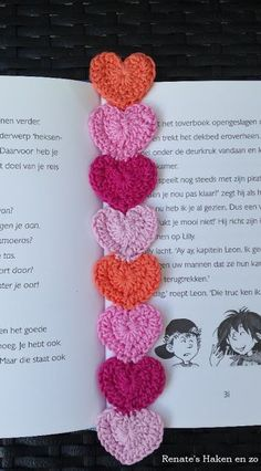 Boekenlegger hartjes / bookmark hearts