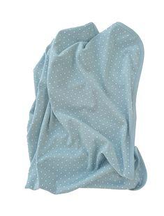 En skön och mjuk ekologisk filt för barn och bebisar. Filten är tillverkad i GOTS-certifierad bomull och fri från gifter och ohälsosamma kemikalier. Ekologisk bomullsfilt!