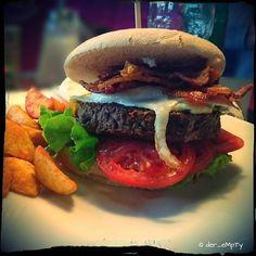 Angus Burger Bacon and Egg  #burger #foodstagram #dienaschereiminden #foodporn #food #minden