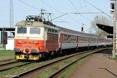 Finn's train and travel page : Trains : Czech Republic : České Dráhy 242 262 Rail Transport, Electric Locomotive, Central Europe, Bratislava, Train Tracks, Czech Republic, North West, Transportation, Germany