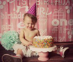 BLUE EYED PRINCESS SMASH CAKE PHOTO SHOOT