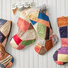 Craft unique DIY Christmas stockings using old quilts. Includes instructions and Christmas stocking pattern to create your own homemade holiday keepsake. Christmas Fabric Crafts, Christmas Sewing, Christmas Deco, Christmas Projects, Vintage Christmas, Christmas Quilting, Modern Christmas, Country Christmas, Christmas Stuff