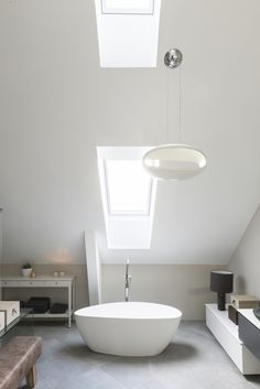 VELUX loft conversions - discover your dream space Loft Bathroom, Bathroom Goals, Bedroom Loft, Bathroom Ideas, Master Bedroom, Luz Natural, Natural Light, Bathroom Inspiration, Home Decor Inspiration