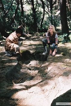 My favorite movie and favorite pair now in one place ! I love Hiccunzel! Bridge to Terabithia (Hiccup/Rapunzel) Brücke Nach Terabithia, Bridge To Terabithia 2007, Movies Showing, Movies And Tv Shows, Soul Surfer, Annasophia Robb, Cute Games, Good Movies, Couple