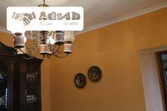 Moradia de luxo, em dois pisos, situada no centro de Vidigueira, composta no rés-do-chão de, sala, 2 quartos, cozinha, garagem e quintal e no 1.º andar de, 3 quartos, vestiário, casa de banh...