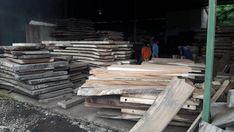 #woodslabs #liveedge #furniture #suarwood #diningtable #homeinterior #woodworking #acacia #walnut Live Edge Furniture, Wood Furniture, Acacia, Wood Slab, Home Interior, Woodworking, Photo And Video, Timber Furniture, Wooden Surfboard