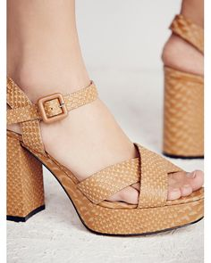 cc9ce42ddbec 462 Best Heels images in 2019