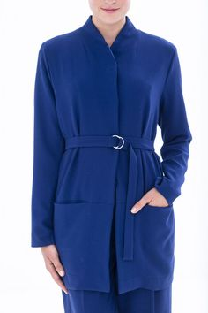 Zelf een dames jasje maken? Bestel het Knipmode naaipatroon, ontvang het patroon thuis per post en ga direct aan de slag!