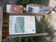 Siurana. Een strategische plek in de tijd van de oorlog. Ruïne te bekijken van de gevangenis.Mooi dorpje om doorheen te wandelen en wat te drinken. Mooi uitkijkpunt met beneden aan de berg het stuwmeer van Catalonië.
