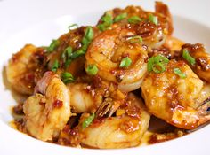Shrimp with Spicy Garlic Sauce. want to make more shrimp dishes. Spicy Garlic Sauce Recipe, Spicy Garlic Shrimp, Sauce Recipes, Fish Recipes, Seafood Recipes, Asian Recipes, Great Recipes, Dinner Recipes, Cooking Recipes