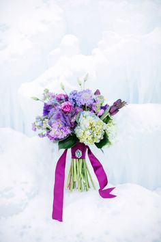 "Isn't this bouquet so beautiful? It's been inspired by the Disney movie ""Frozen""!"