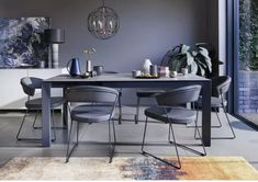 Shop Italian dining sophistication at Furniture Village. This Calligaris extending dining table has a stylish metal legs and a stunning ceramic top. 8 Seater Dining Table, Extendable Dining Table, Home Interior Design, Interior Styling, Furniture Village, Large Table, Table Seating, Table And Chair Sets, Dining Room Furniture