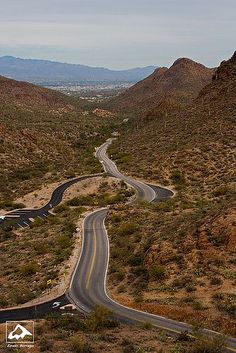Gates Pass Road - Tucson, Arizona introduces visitors to the beautiful Sonoran Desert.