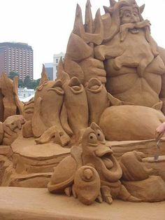 "Whimsical sand sculpture of King Tritan ,Sebastian and Friends from the movie ""The Little Mermaid"" Snow Sculptures, Sculpture Art, Metal Sculptures, Abstract Sculpture, Bronze Sculpture, Ice Art, Snow Art, Grain Of Sand, Land Art"