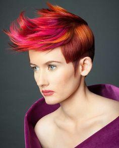 Lekker gek voor kort haar!! Het is gaaf om te zien, of zou jij het ook aandurven?? Funky crazy hair!!!