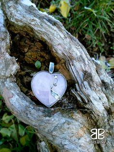 Srdce - růženín - cínovaný šperk - můj první výrobek na kurzu.