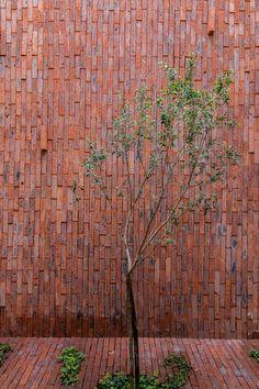 Galeria de Casas Sole / SANTOSCREATIVOS + VTALLER - 12