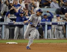 Scossa offensiva dei Cubs: la serie torna in parità Addison #Russell ed Anthony #Rizzo si risvegliano ed i #Cubs riportano la serie in parità. I #Dodgers recriminano per una chiamata dubbia ma accusano un passo indietro rispetto alle due partite precedenti. Il racconto del match è su #MLB Italia.