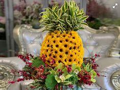 Sunflower Pineapple Unique Flowers, Flower Vases, Pineapple, Fruit, Pine Apple, Vase