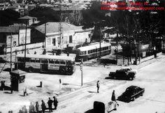 Una imagen tomada desde el propio edificio del cine Ciudad Lineal donde se ve el cruce de  las calles Arturo Soria (tranvía) con la carretera de Hortaleza, actual López de Hoyos, (autobús).  Read more: http://historias-matritenses.blogspot.com/2012_11_01_archive.html#ixzz4Cn0878a3