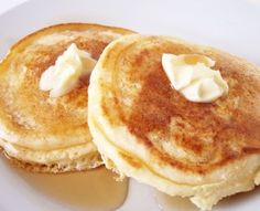 Banana Pancakes using only one large egg and one large banana??? Will have to give this a try.
