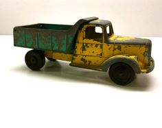Vintage Mobile Gas Tanker Truck By Tootsietoy by vintagetoolbox