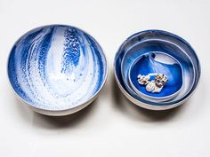 I'm pretty sure I'm gonna HAVE to have one of these gazing bowls when she gets more in her shop.