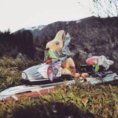 Happy Easter all, seems the bunny arrived on a ski today! Yum #chocolate #rabbit #easter #egg #Scarf #style #fashion #instamood #beauty #ootd #instafashion #picoftheday #art #buyerslife #fashiongram #instagood #luxury #dapper #designer #fashionblogger #fashionstylist #highfashion #fashionblog #accessories #fashionista #beautiful #pocketsquare #love #ski