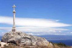 A ver, ¿por qué te vas a Galicia? ¿Quién diablos querría ir al fin del mundo? Portugal, Cn Tower, Travel, Storytelling, World, Vacation Places, Spain, Morocco, Viajes