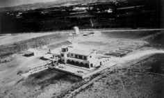 Visit us to know more about Malaga airport, its history and its development since its creation on the beginnings of the century. Malaga Airport, International Airport, Airports, History, World, Holiday, Antique Photos, Historia, Vacations