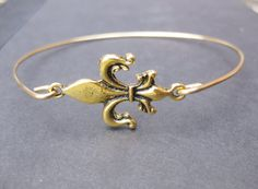 Fleur de Lis Bracelet, French Bracelet, Paris Jewelry Paris Bracelet, Flower Jewlery, Lily Flower Jewelry, New Orleans, Fleur de Lis Jewelry