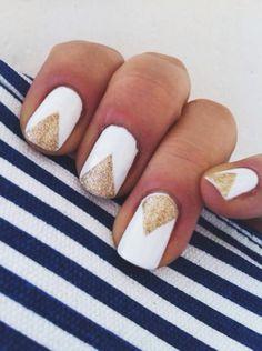 Black Gold Nails White And Gold Nail Designs – A Simple But Powerful Combo So Nails, Nails Polish, Nail Polish Trends, Nail Trends, How To Do Nails, Cute Nails, Pretty Nails, Hair And Nails, Golden Nail Art