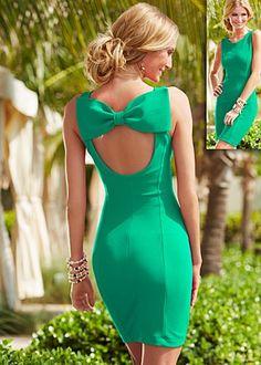 bow back pique green dress.....para mi niña wow!!