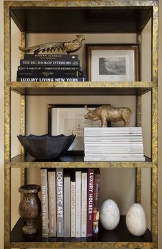 Interior Styling by Wendy Labrum Interiors, LLC. www.wendylabruminteriors.com #practicalstyle #tangibledesign #wendylabruminteriors