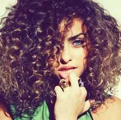 Curly Hair,wish my hair did that when it was curly!