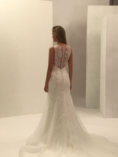 Si nuscas un vestido de novia de estilo boho, el Perla de #innovias te encantará https://innovias.wordpress.com/innovias-vestidos-de-novia-de-alta-costura-a-precios-low-cost/