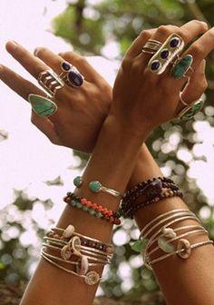 браслеты и кольца в стиле Бохо